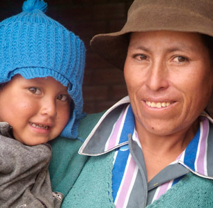 Flickr-Bread-for-the-World,-Bolivian-Mother-and-Child-by-Margaret-W-Nea-smiles-crop1