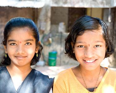 ICRW_IND042610125-smiles-crop1